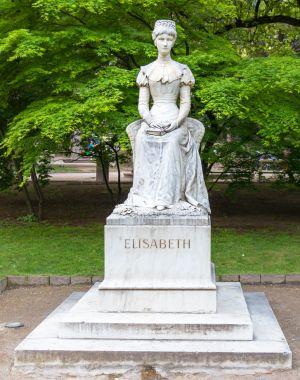 Sissi-Statue 300