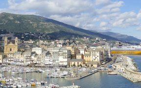 Corsica Ferries Mit dem Schiff nach Sardinien