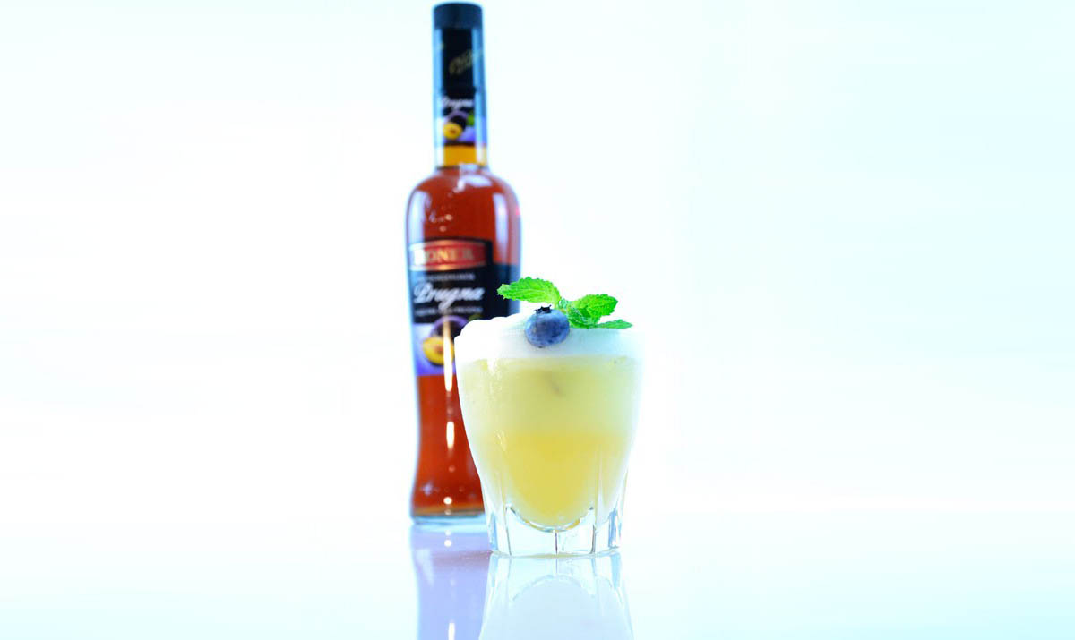 Cocktail-Rezept: Roner Plum-Sour