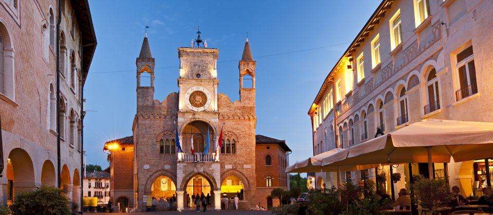 Beitragsbild Die Paläste der Stadt Pordenone Udine Friaul Julisch Venetien