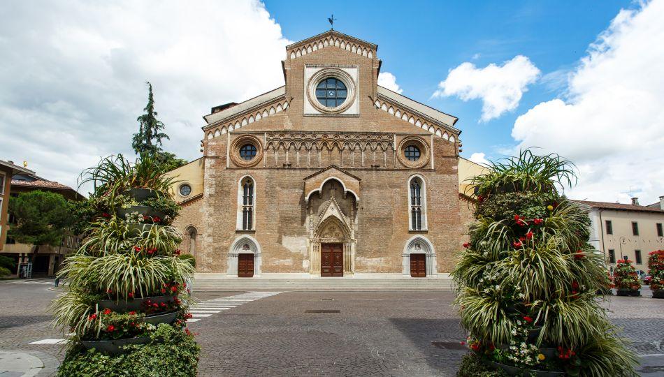 Beitragsbild Dom Santa Maria Annunziata in Udine Friaul Julisch Venetien