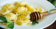 Ravioli mit Honig Beitragsbild