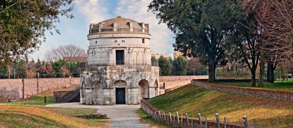 Die zwei Mausoleen in Ravenna Beitragsbild